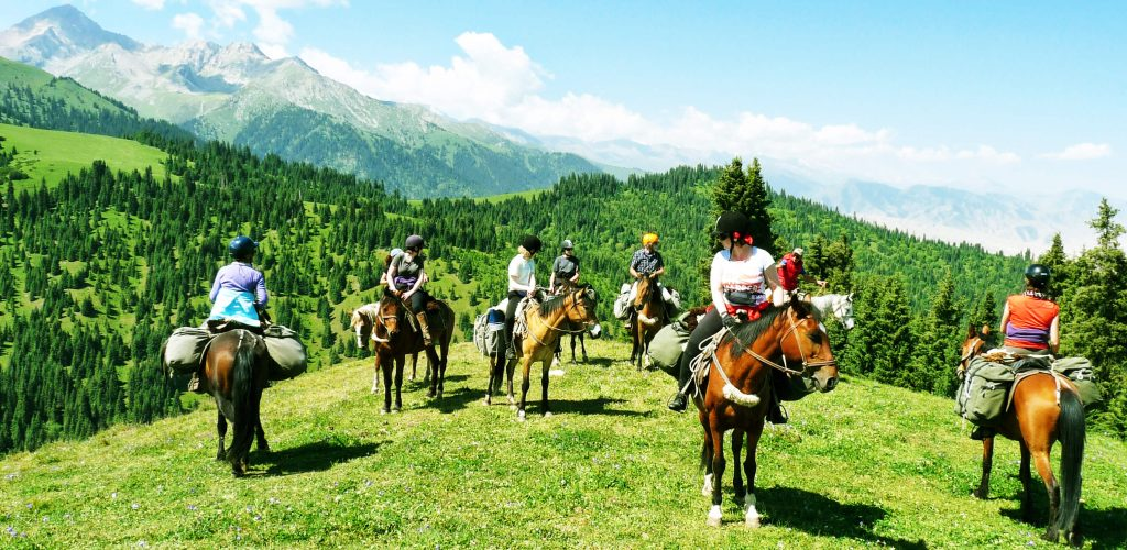 viaje-a-kirguistan-a-caballo-aventura-1488980691671