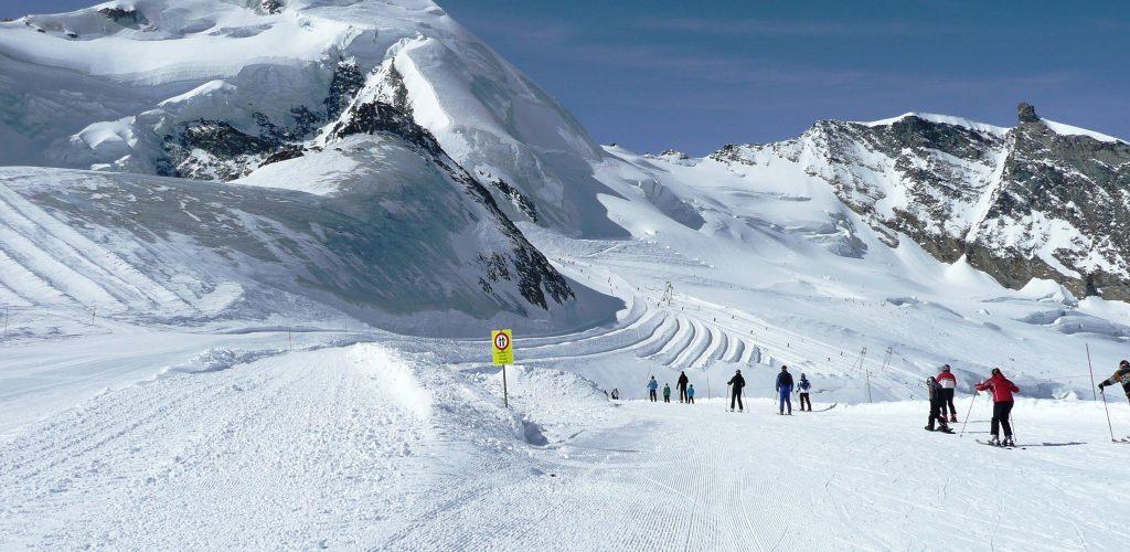 Ski-Glaciar-Saas-Fee