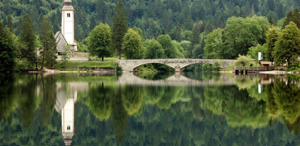 lake-bohinj-churche-bridge