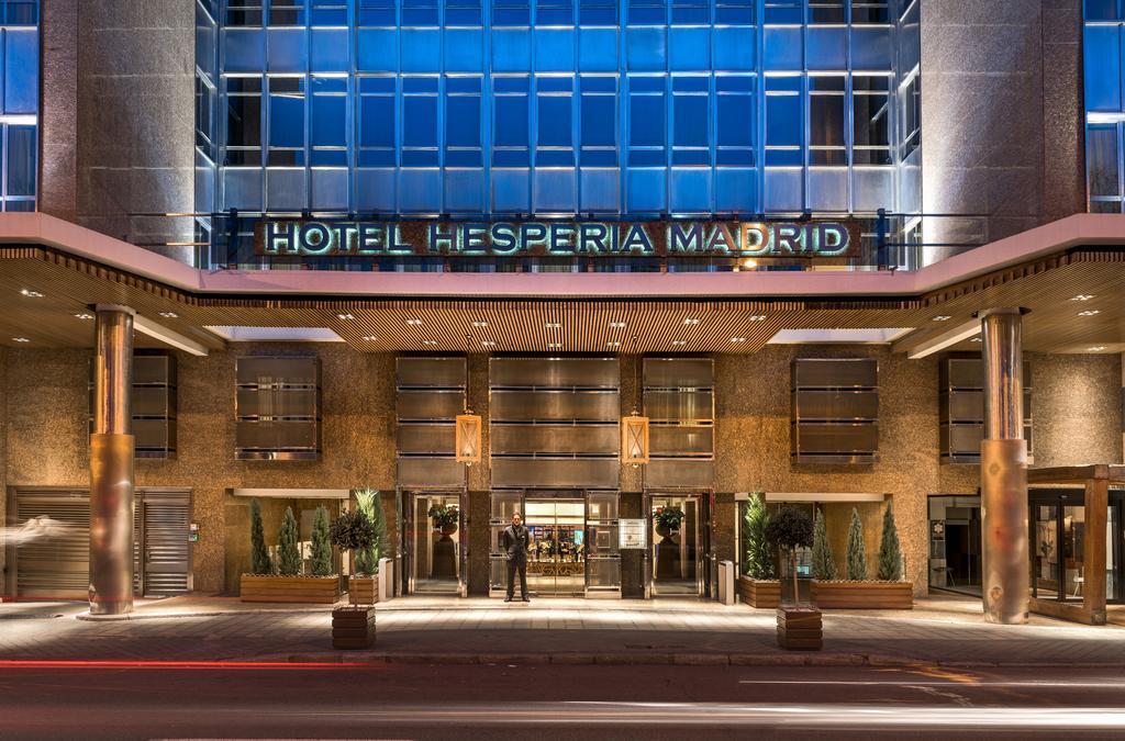 Turismo en espa a d nde dormir en madrid for Listado hoteles 5 estrellas madrid